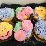 可愛いお花のデコレーション♪カップケーキ★